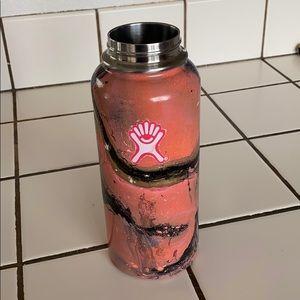 Hydro Flask 32 oz hydro dipped! Pink/Black/White